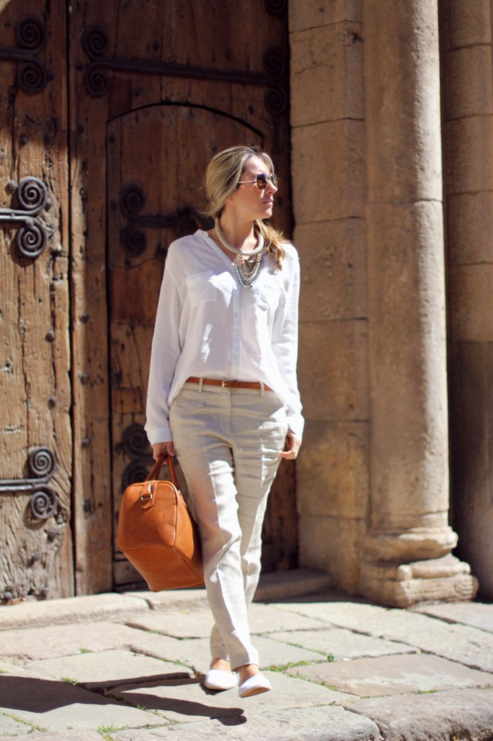 beige_pants_outfit-street_style_Barcelon (12)