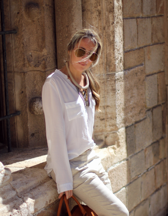 beige_pants_outfit-street_style_Barcelon (4)