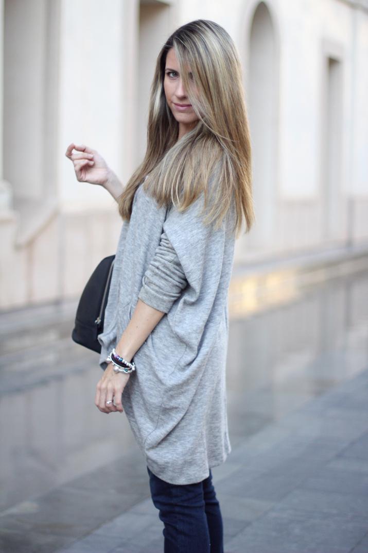 Fashion_blogger_Barcelona-Monica_Sors-outfit_jeans-Mattea_bags (3)