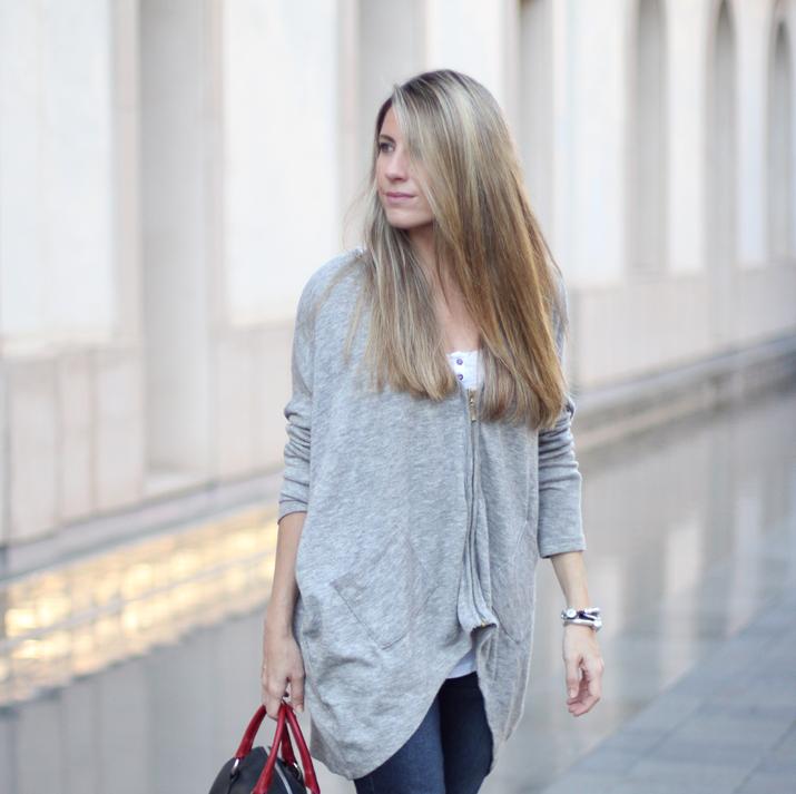 Fashion_blogger_Barcelona-Monica_Sors-outfit_jeans-Mattea_bags (6)