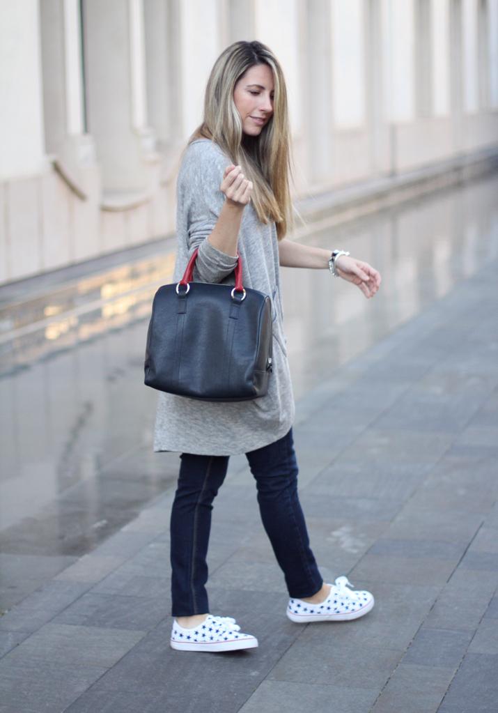 Fashion_blogger_Barcelona-Monica_Sors-outfit_jeans-Mattea_bags (7)