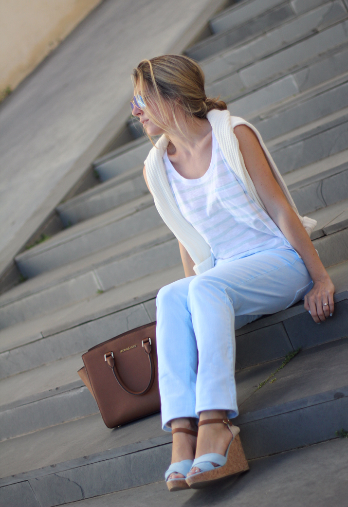 baby_blue-outfit-Fashion_blogger_Barcelona-Monica_Sors (10)
