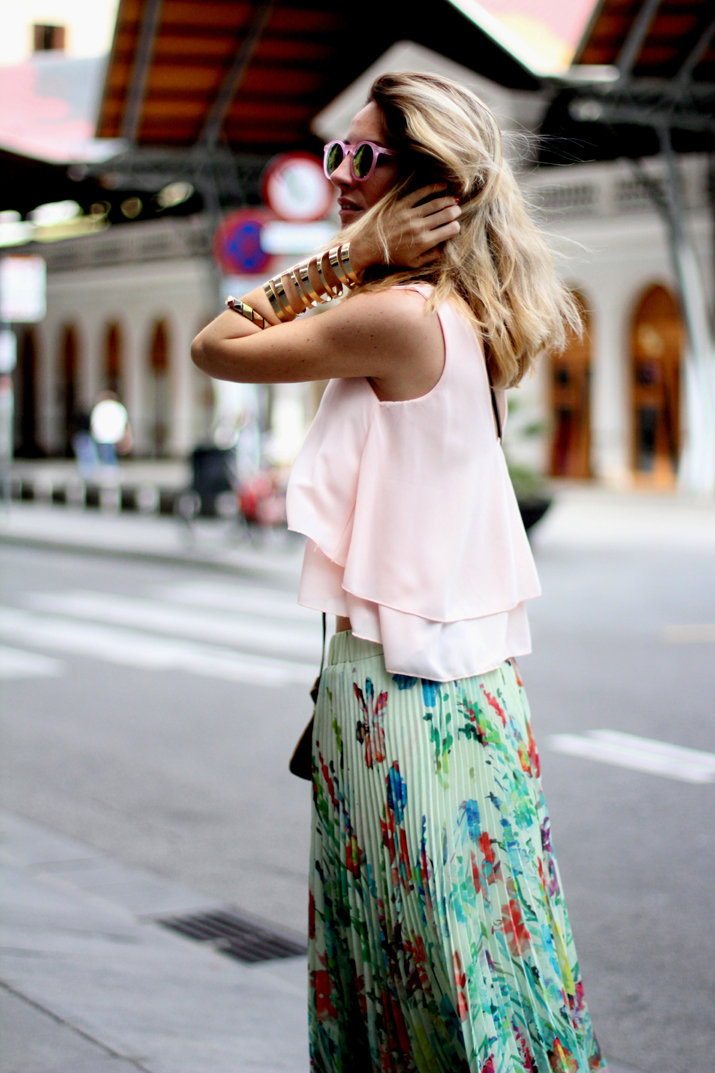 Fashion_blogger_Barcelona-cuines_Santa_Caterina-long_skirt-outfit-streetstyle (5)