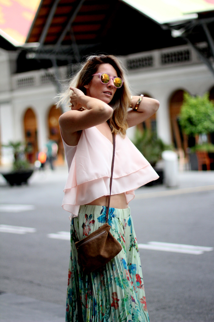 Fashion_blogger_Barcelona-cuines_Santa_Caterina-long_skirt-outfit-streetstyle (7)