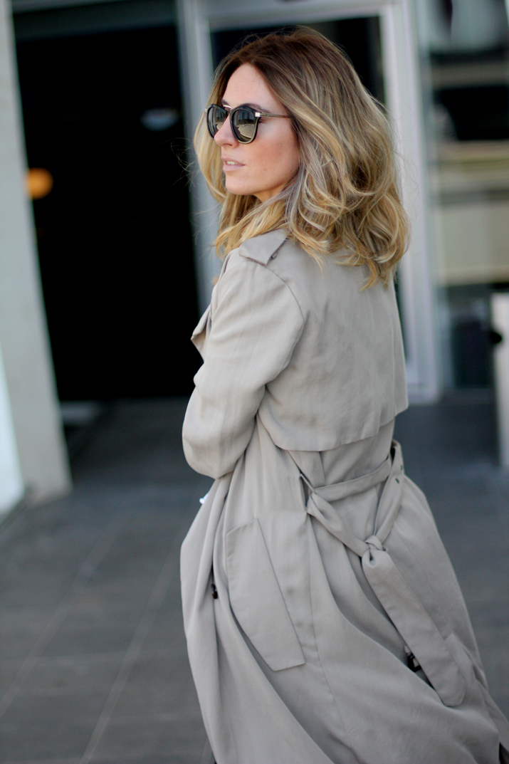 Long_trench_coat_Zara-outfit-fashion_blogger_Barcelona-Monica_Sors (7)