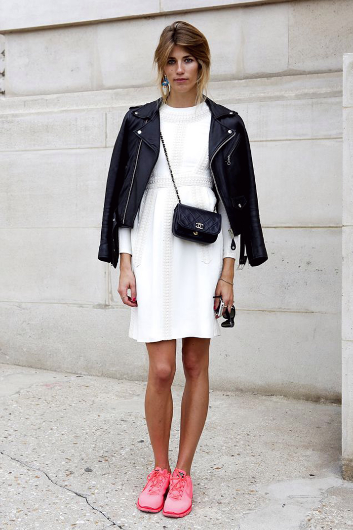 Outfit_with_sneakers-fashion_blog_Barcelona (1)