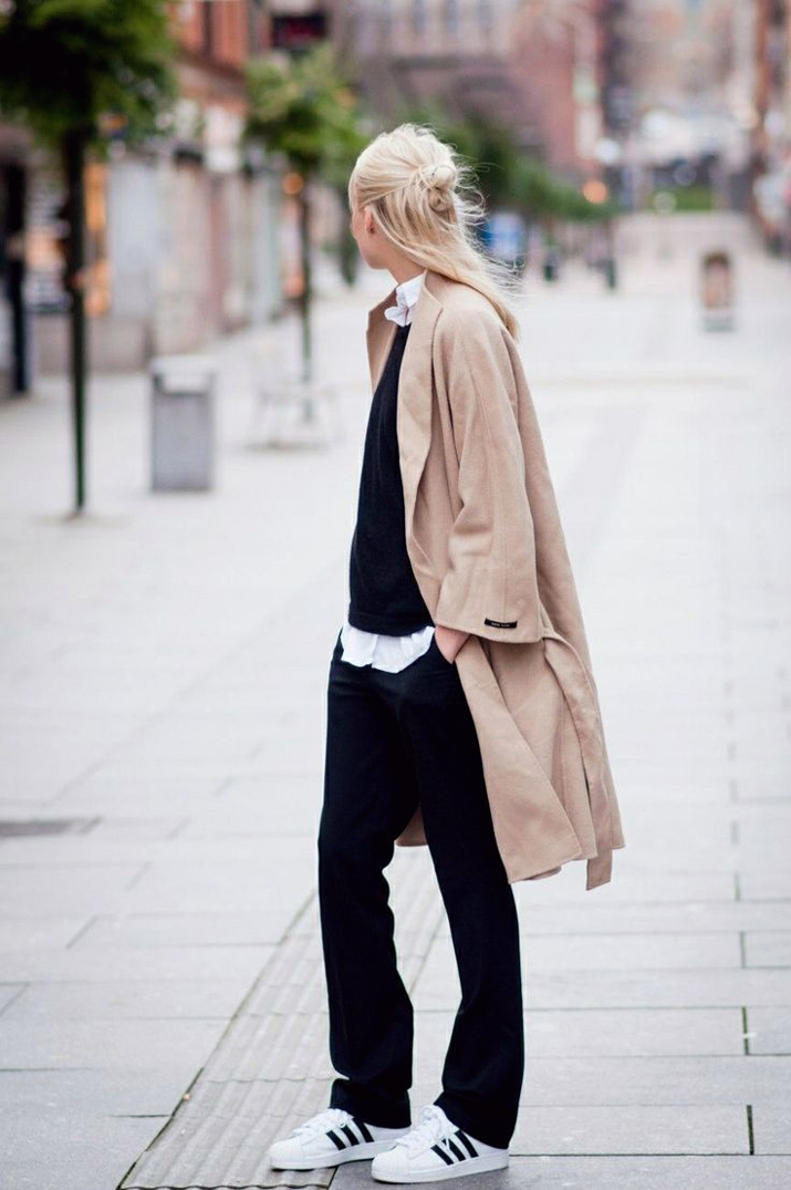 Outfit_with_sneakers-fashion_blog_Barcelona (2)