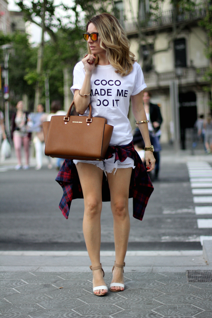 fashion_blogger_Barcelona-Monica_Sors-midi_hair-white_shorts-outfit-streetstyle_bcn (16)