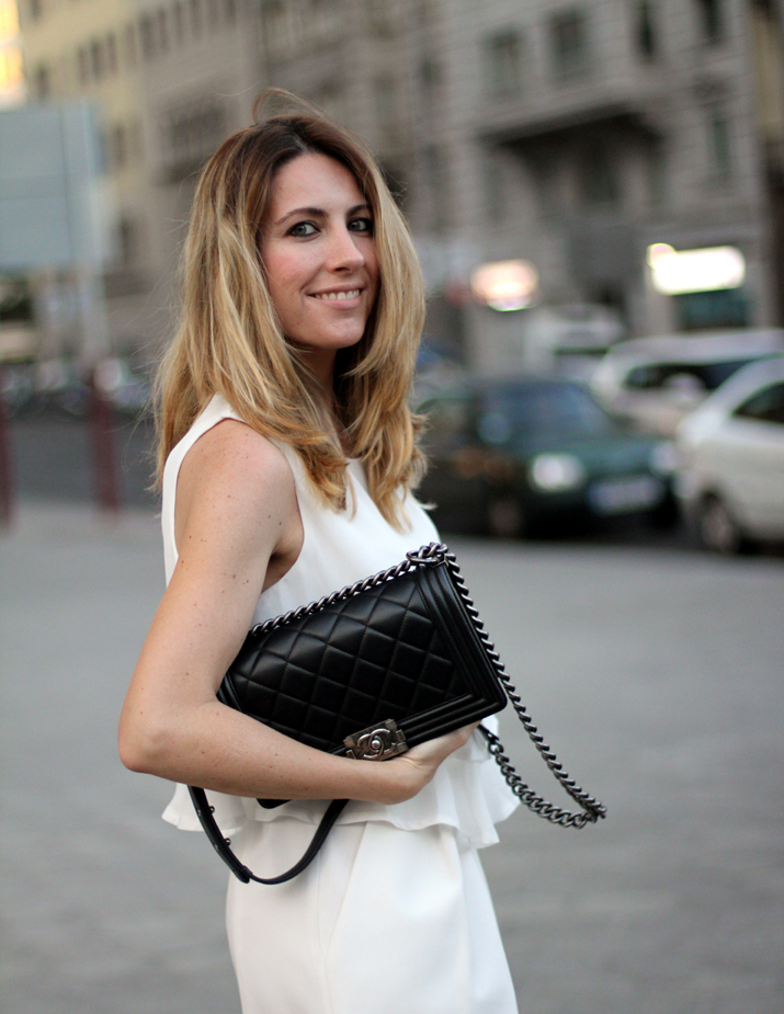 Boy_chanel_bag-black_and_white-look-blogger-barcelona-monica_sors (11)
