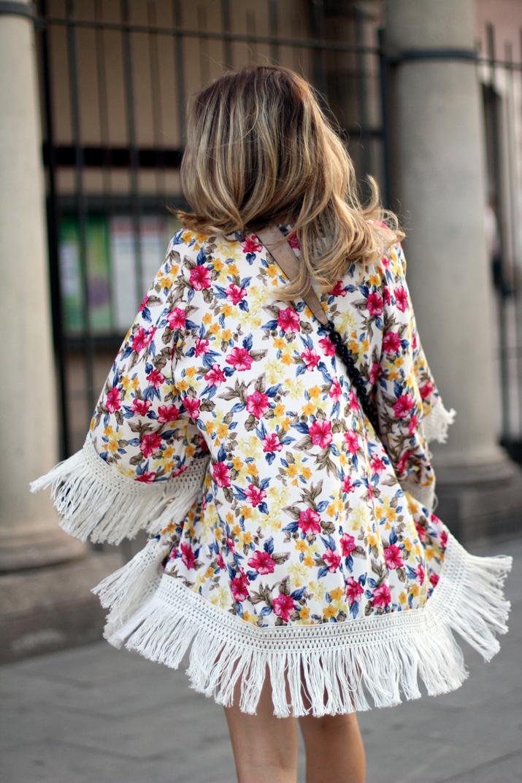 Floral_kimono-fashion_blogger_Barcelona-Monica_Sors (1)