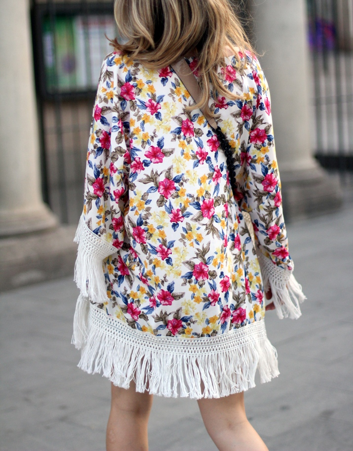 Floral_kimono-fashion_blogger_Barcelona-Monica_Sors (6)1