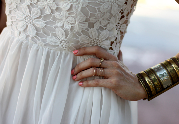 white_dress_blogger (1)