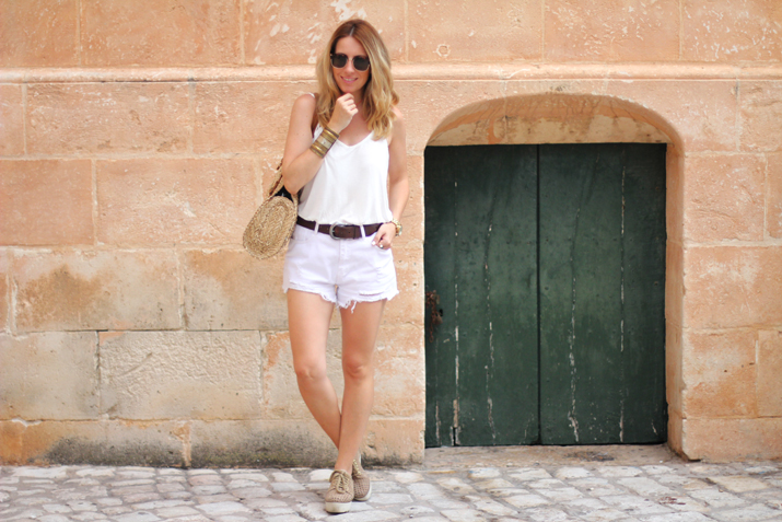 outfit_blanco-Monica_Sors-Menorca (2)