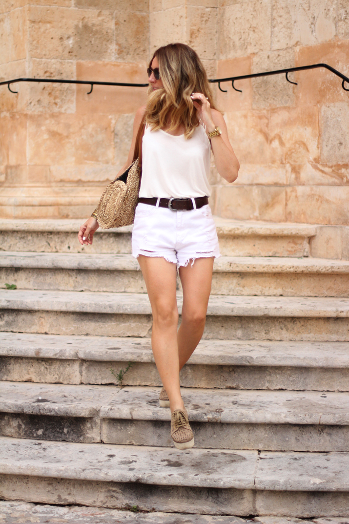 outfit_blanco-Monica_Sors-Menorca (3)