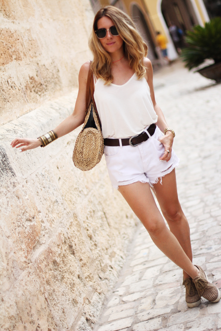 outfit_blanco-Monica_Sors-Menorca (8)