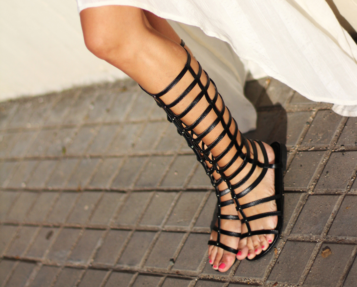 Gladiator_Sandals-blogger