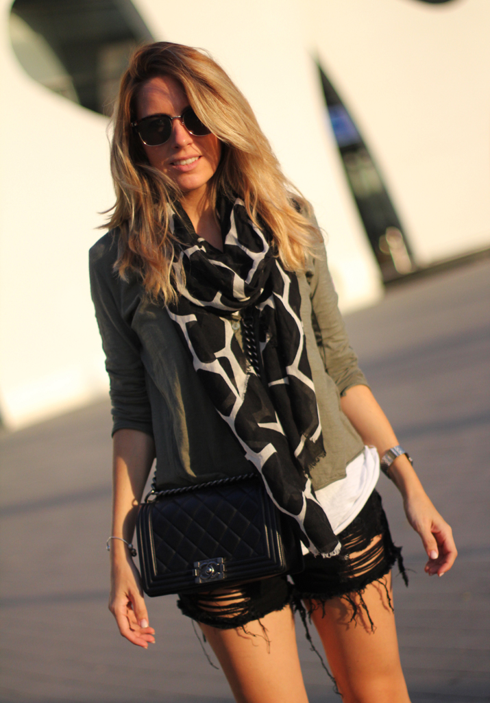 Spanish_fashion_blogger-Boy_Chanel