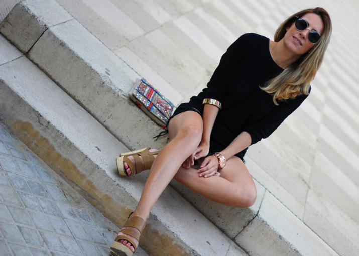 TOTAL_BLACK_OUTFIT_BLOGGER-MONICA_SORS (16)1