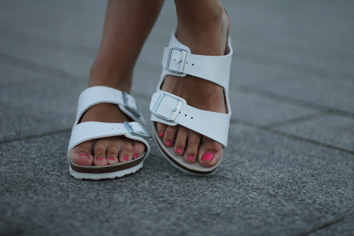 white_Birkenstock-outfit (2)
