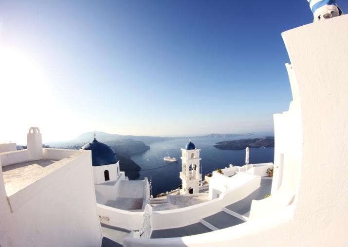 Santorini_Airbnb-Honeymoon_blogger (15)