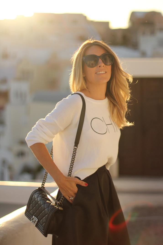 Santorini_travel_blogger (2)