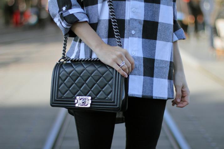 Boy-Chanel-bag-blogger