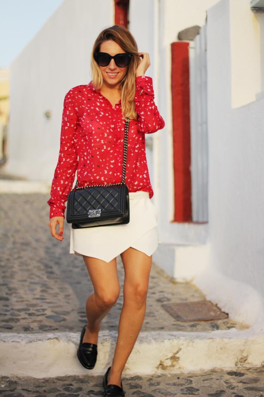 Boy_Chanel_outfit-Santorini_fashion_blogger (14)1