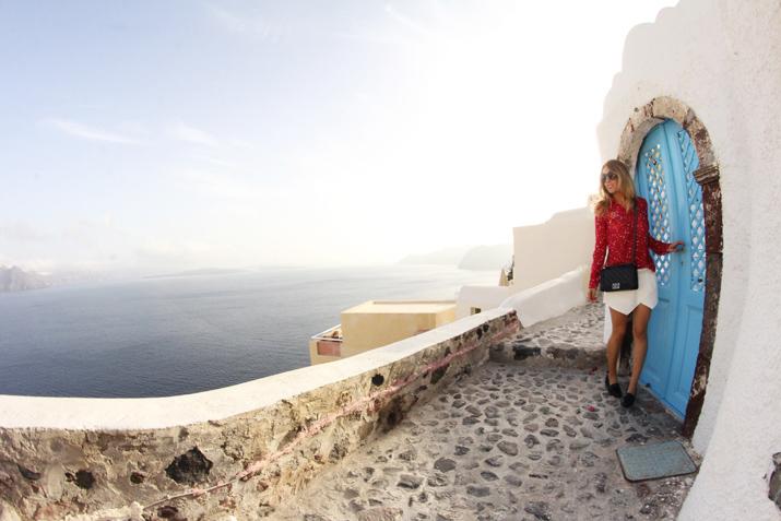 Boy_Chanel_outfit-Santorini_fashion_blogger (21)