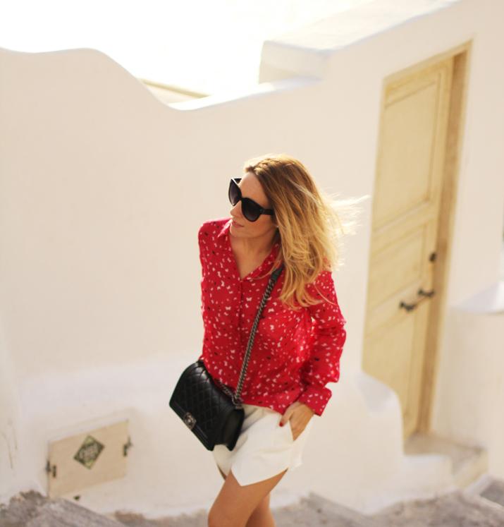 Boy_Chanel_outfit-Santorini_fashion_blogger (9)