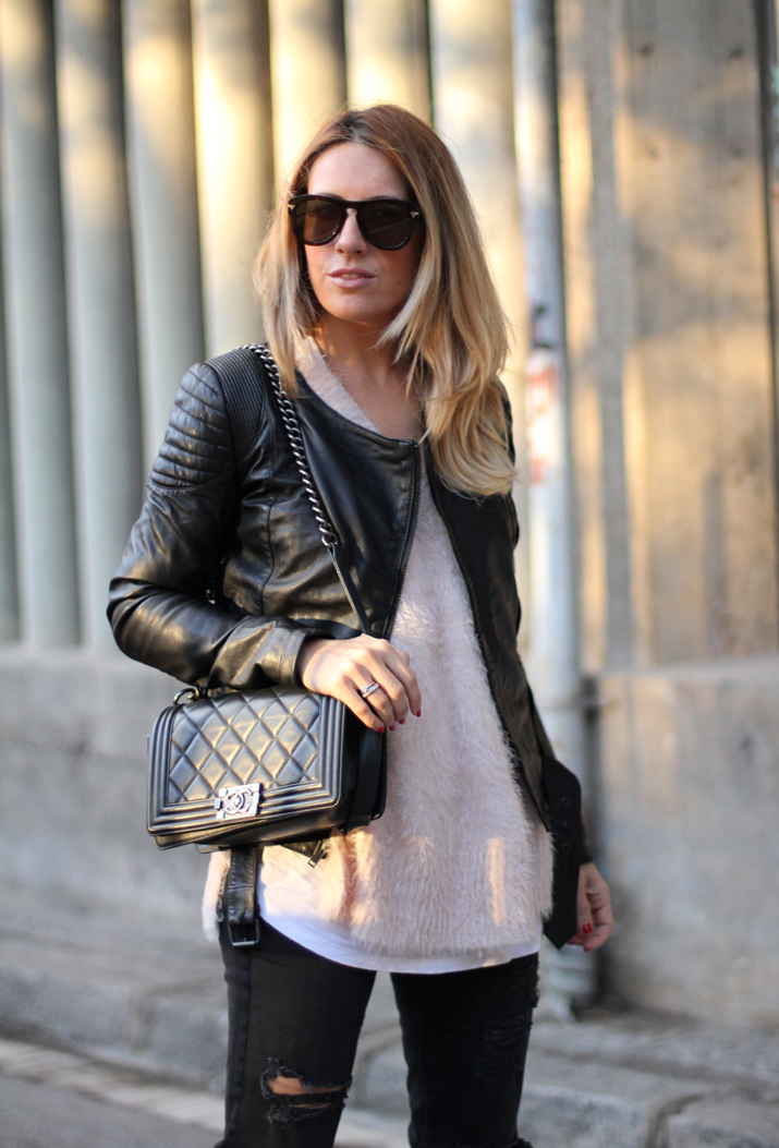 Chanel_Boy-and-ripped_jeans-blogger-Monica_Sors (2)