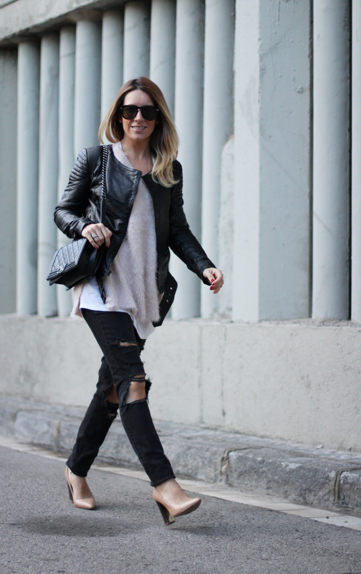 Chanel_Boy-and-ripped_jeans-blogger-Monica_Sors (8)