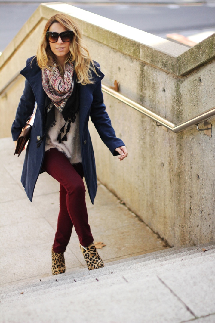 Navy_coat-outfit-fashion_blogger_Barcelona-Monica_Sors (15)