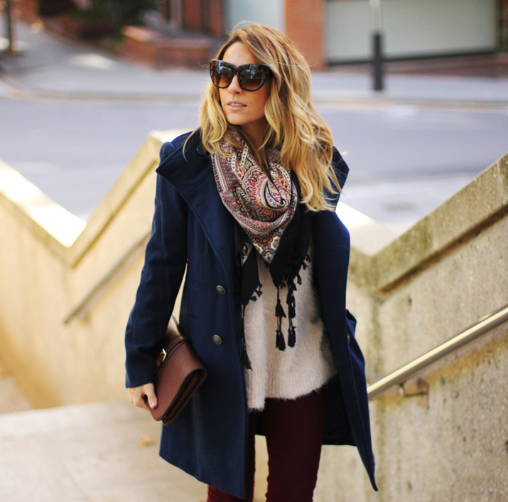 Navy_coat-outfit-fashion_blogger_Barcelona-Monica_Sors (17)