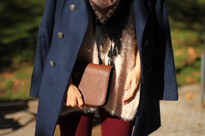 Navy_coat-outfit-fashion_blogger_Barcelona-Monica_Sors (7)