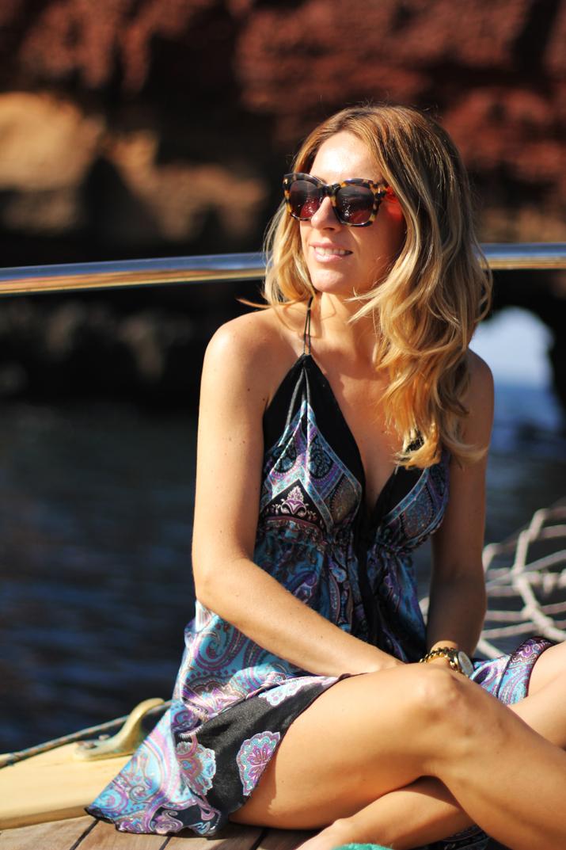 Traditional_greek_boat-oia-santorini (7)