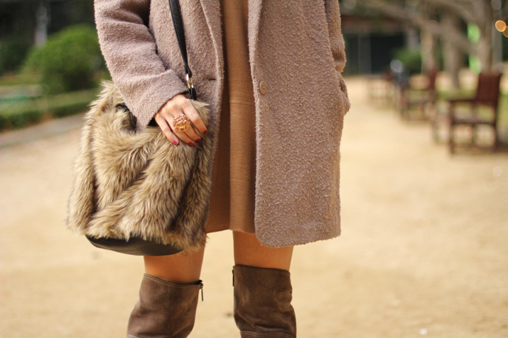 Neutral Colors Outfit Blogger 12