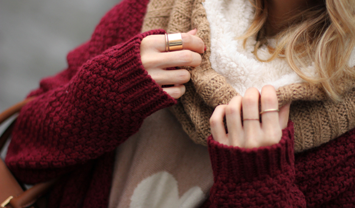 Burgundy-winter-outfit-blogger (1)