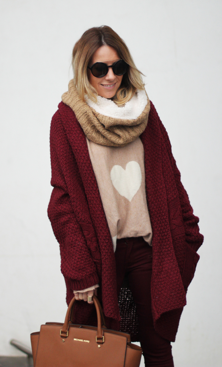 Burgundy-winter-outfit-blogger (3)