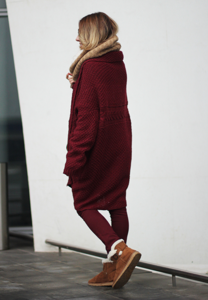 Burgundy-winter-outfit-blogger (4)