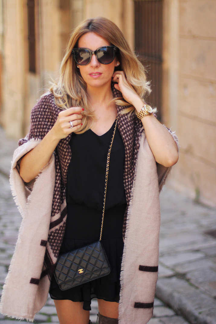 poncho-outfit-fashion-blogger-monica-sors (2)