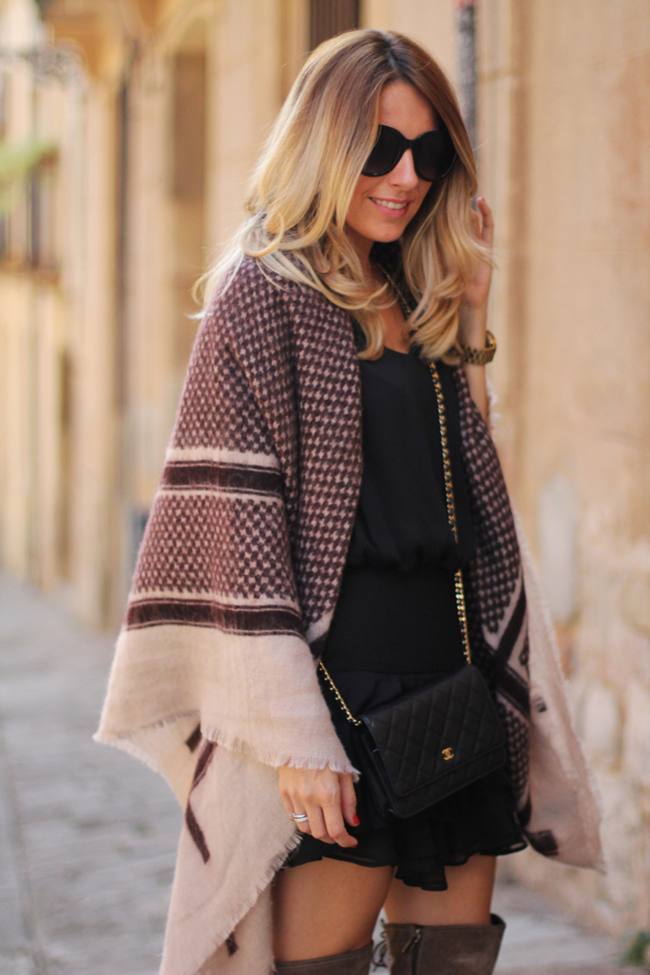 poncho-outfit-fashion-blogger-monica-sors (3)