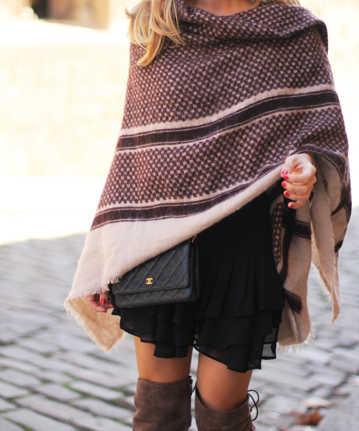 poncho-outfit-fashion-blogger-monica-sors (7)