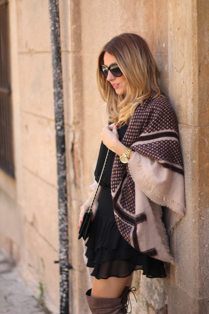 poncho-outfit-fashion-blogger-monica-sors (9)