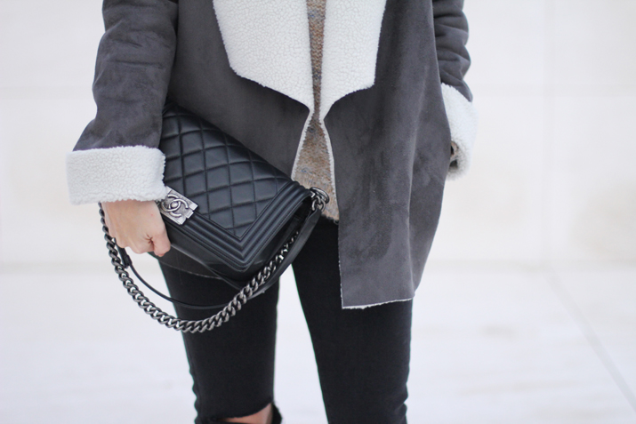 Boy-Chanel-bag-fashion-blogger-Monica-Sors (1)