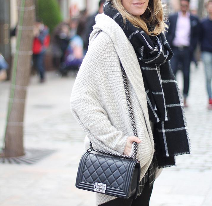 Boy-Chanel-bag-fashion-blogger-Monica-Sors-Moran (1)