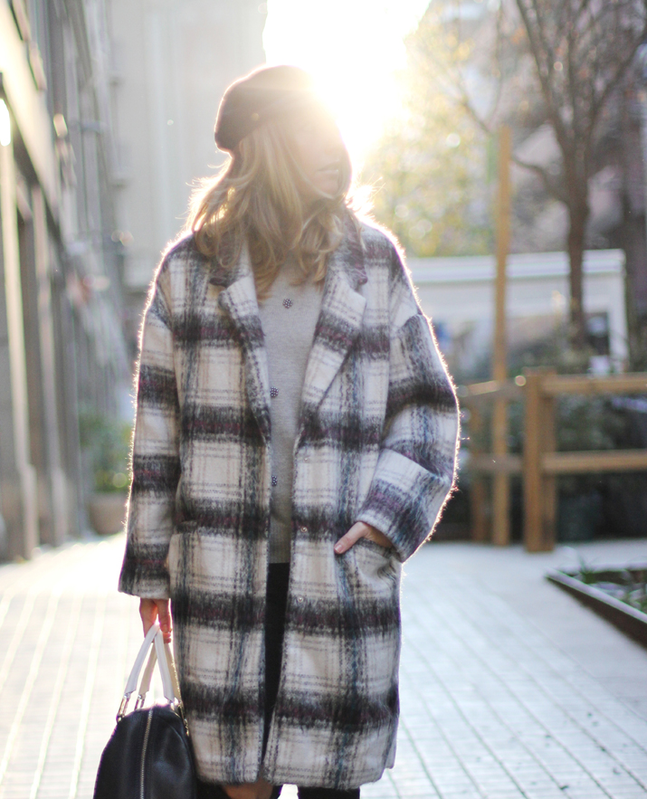 Plaid-coat-outfit-blogger-barcelona (1)