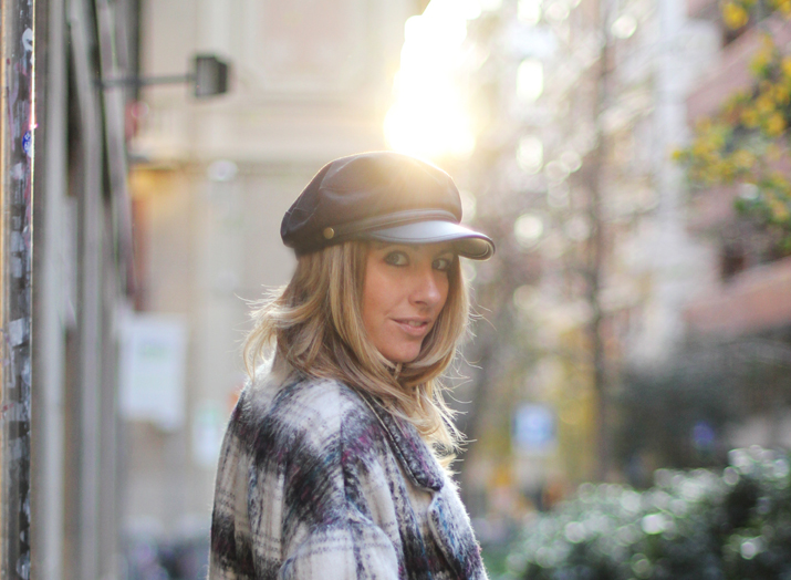 Plaid-coat-outfit-blogger-barcelona (7)
