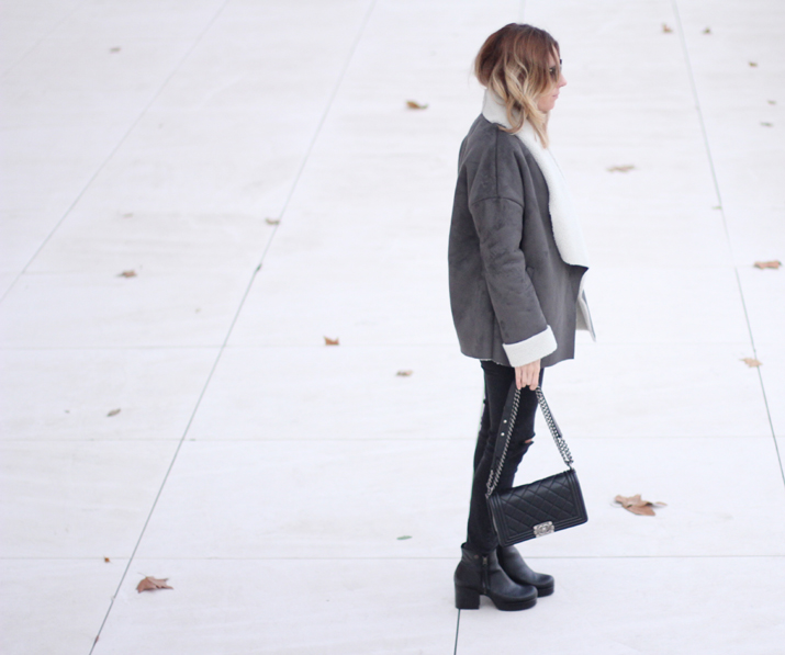black-and-grey-outfit-fashion-blogger-Barcelona-Monica-Sors (3)