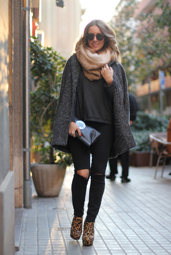 fashion-blogger-barcelona-oversize-coat (15)