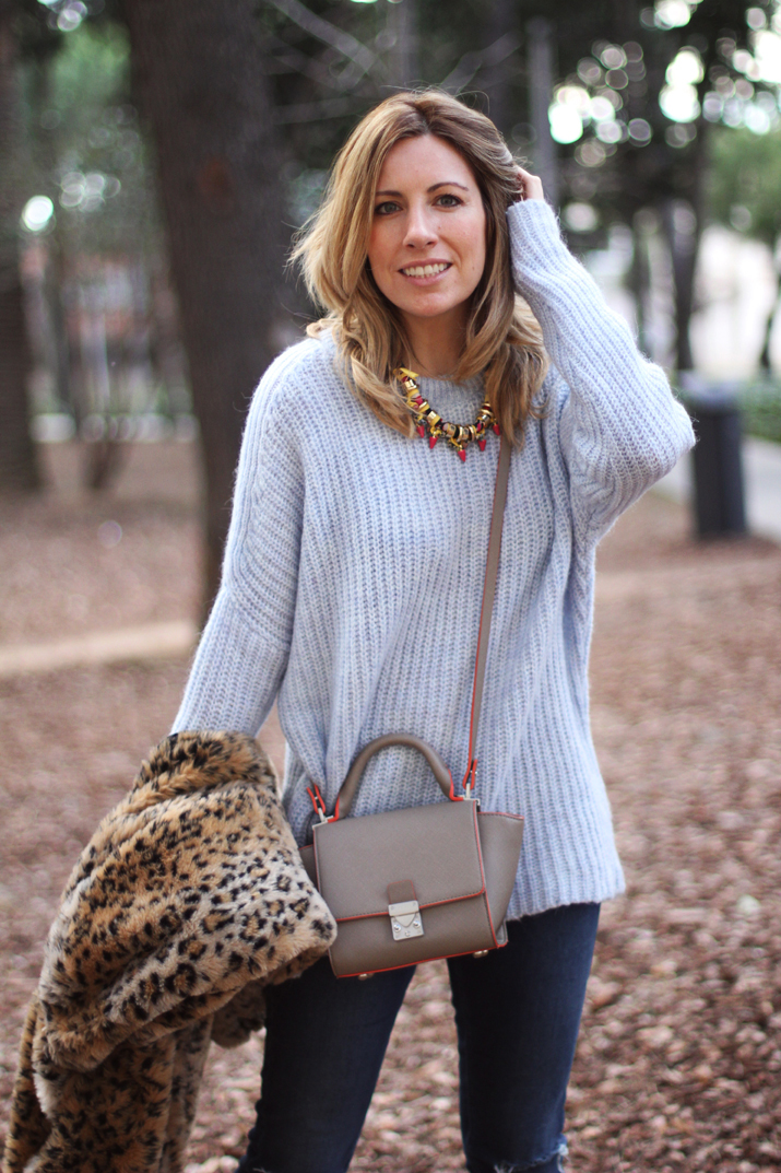 Leopard-print-coat-outfit-blogger-Barcelona-Monica-Sors (10)1